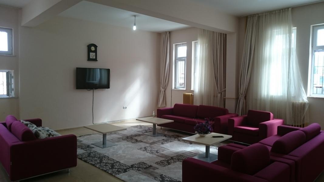 Televizyon odası